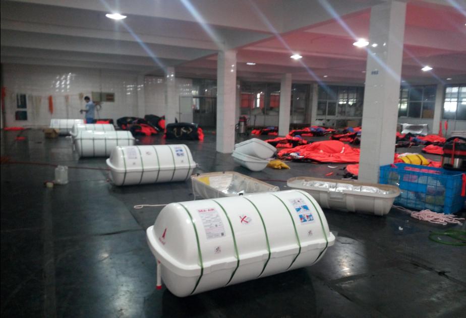workshop of davit launched liferaft