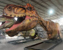 Painting for a 15 meters animatronic T-Rex
